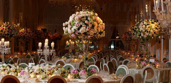Фото: Оригинальные места для празднования свадьбы - Шикарный зал