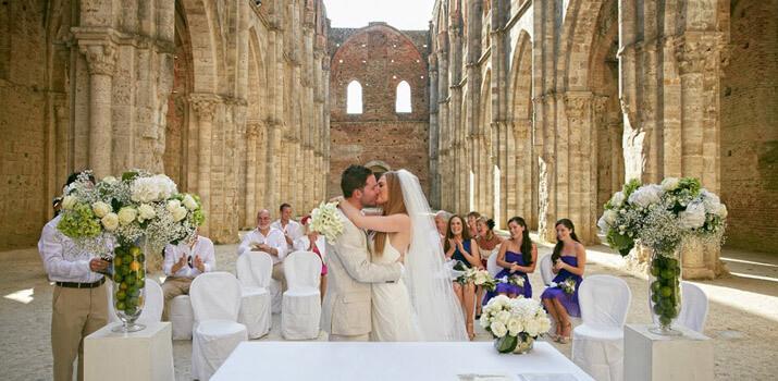 Фото: Оригинальные места для празднования свадьбы - Старинный замок
