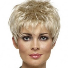 Фото: Модные стрижки для женщин после 40 на короткие волосы