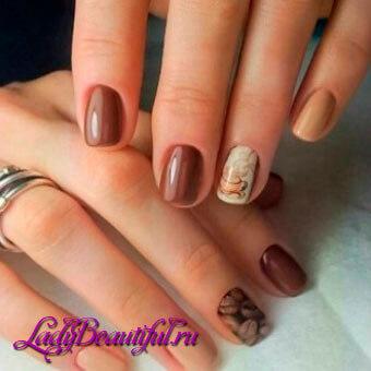 Маникюр в стиле нюд на короткие ногти