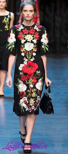 Платья в мелкий цветочек 2016