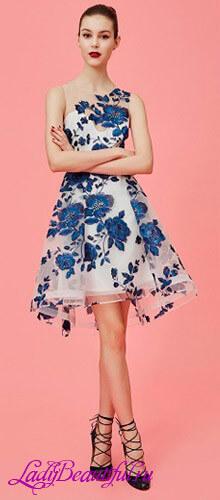 Короткие платья в цветочек 2016