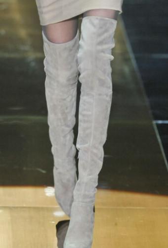 Модные замшевые ботфорты осень-зима 2016-2017