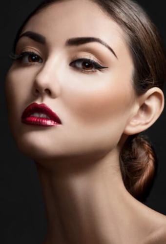 Модный макияж: сияние кожи осень-зима 2016-2017
