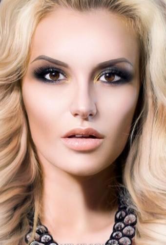 Модный макияж: smoky eyes осень-зима 2016-2017