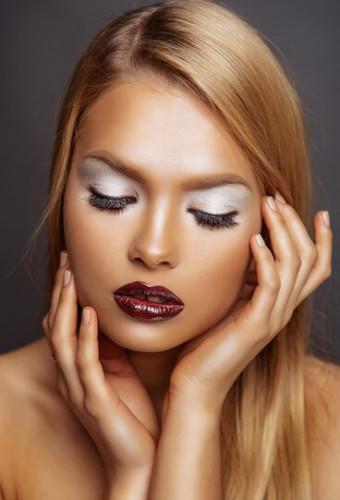 Модный макияж: эффект «металлик» осень-зима 2016-2017