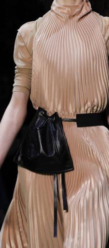 Celine — Пристегнутые к поясу сумки
