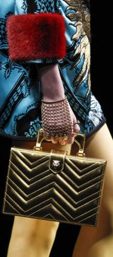 Gucci — Сияние драгоценного металла