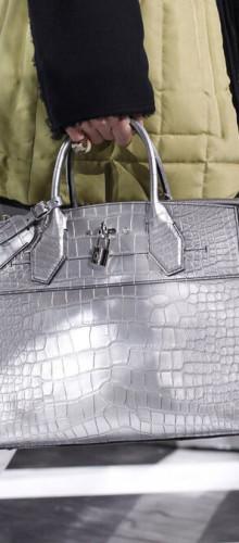 Louis Vuitton — Сияние драгоценного металла