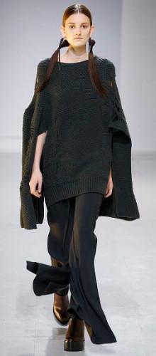 Модные теплые вязаные свитера осень-зима 2016-2017