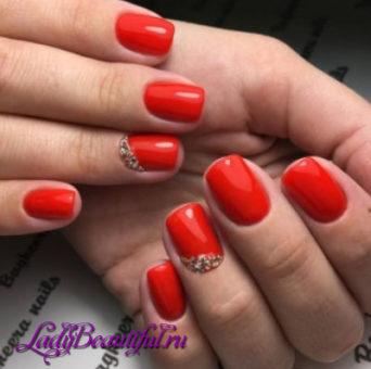 Модные лаки для дизайна ногтей весна-лето 2017: новинки, фото