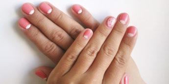 Летний розовый лунный маникюр гель-лаком: видео-урок, фото пошагово