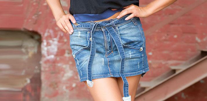 Стильные летние образы с джинсовой юбкой: интересные фото-идеи