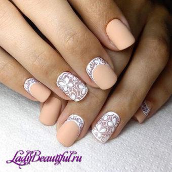 Свадебный дизайн на короткие ногти